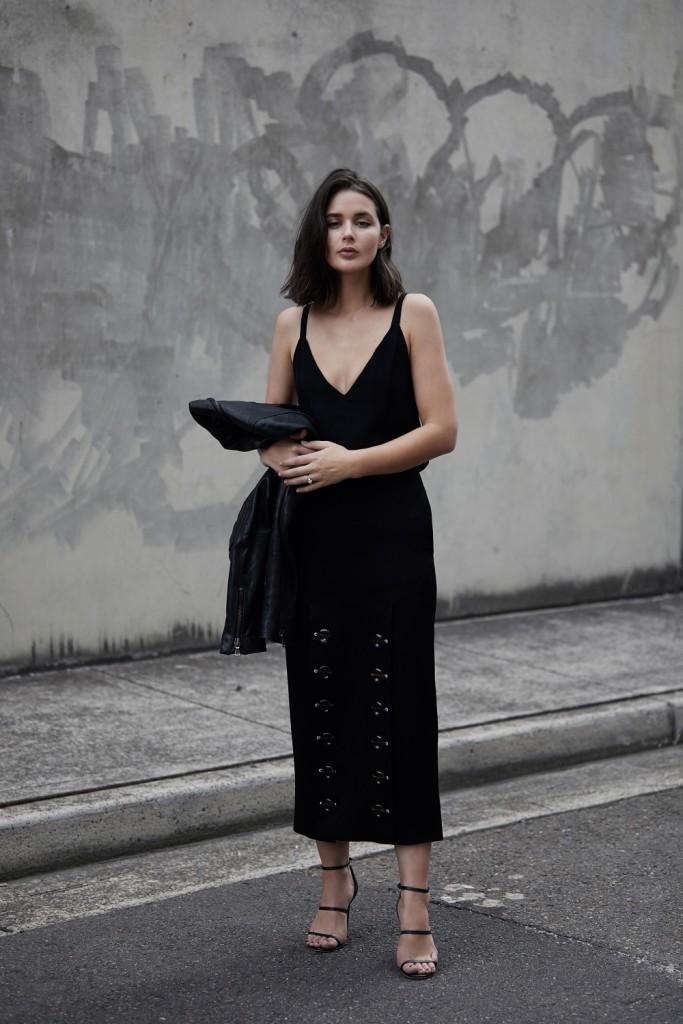 harperandharley_ellery-skirt_tortoise-shell_black-outfit_2
