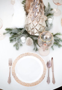 rose-gold-christmas-placesetting-1
